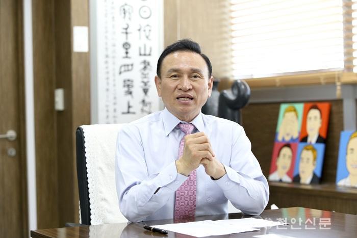 시장님_천안신문 (1).JPG