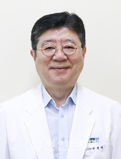 박경배 교수.png