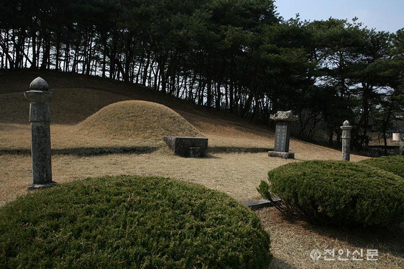 33 홍대용 선생 묘-2.jpg