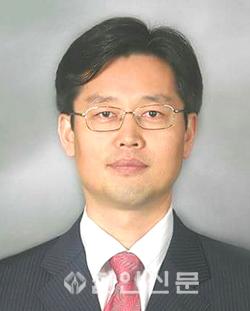 이노신 교수.png