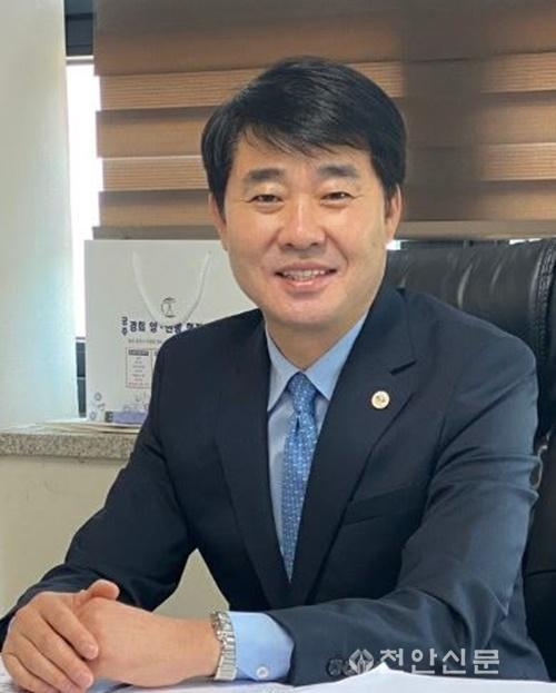 체육진흥과(한남교 천안시체육회장).JPG