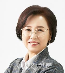 충남도의회 김연의원 (개인사진).png