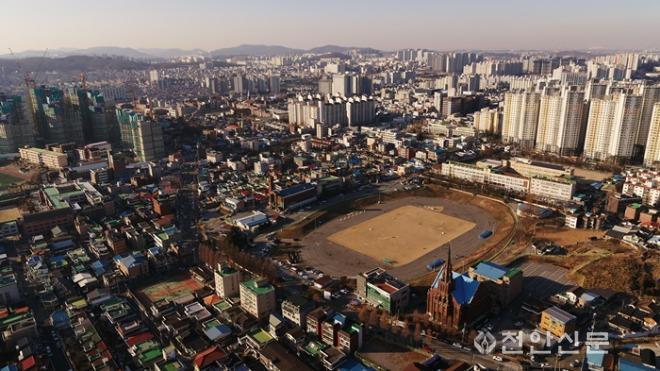 도시재생과(오룡경기장).jpg
